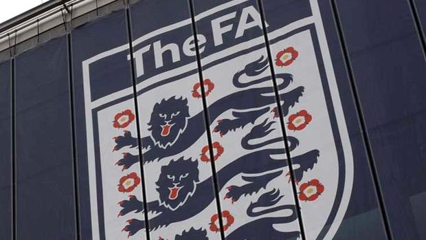 FA Crest Wembley